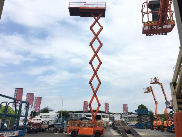 Holland-Lift B195 for sale at www.hs-rental.de